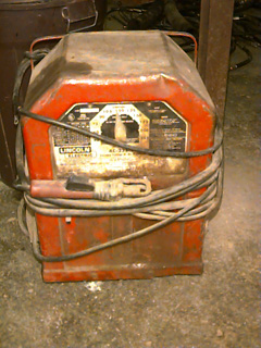 ac 225 lincoln welder. Lincoln Electric Lincwelder AC-225-S Arc Welder, Variable Voltage 40-225 Amp Ac, Input Is 230v, 60hz, Single Phase, 50 Amp. Code #8370-102 $150.00 Ac 225 Welder
